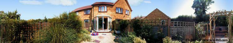House garden panoramic photo